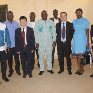 中国运鸿集团在布基纳法索将展开合作项目