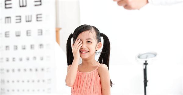 OK镜真能控制孩子近视度数增长吗?_育儿_2020-8-19 09:55发布_中享网